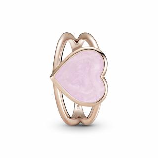 Prstan z rožnatim srčkom