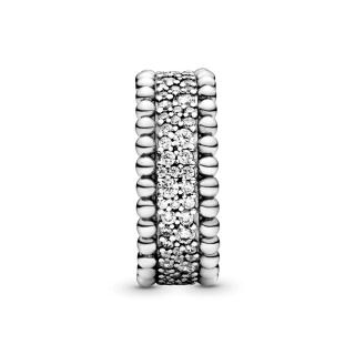 Debelejši prstan iz niza perlic v stilu pavé