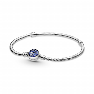 Zapestnica Pandora Moments z zaponko iz modrih kamenčkov