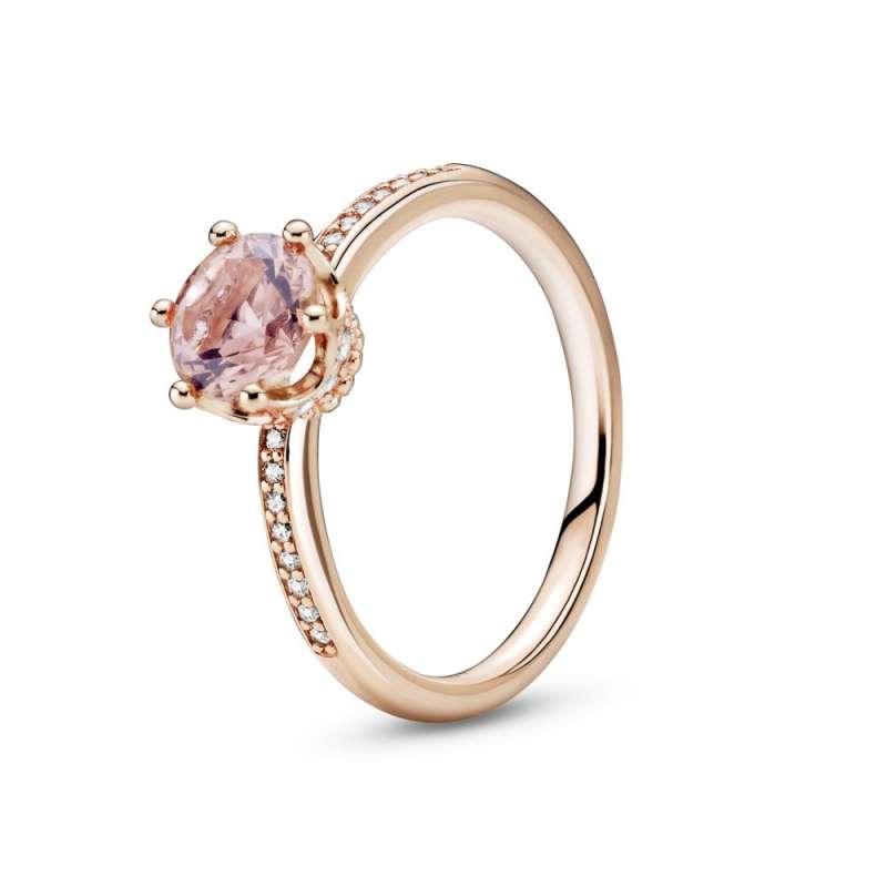 Rožnat prstan z enim kamenčkom v kronici