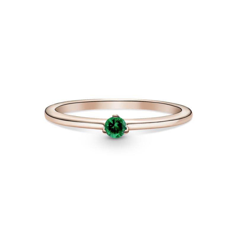 Prstan z zelenim kamnom
