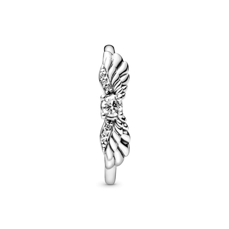Prstan z angelskimi krili