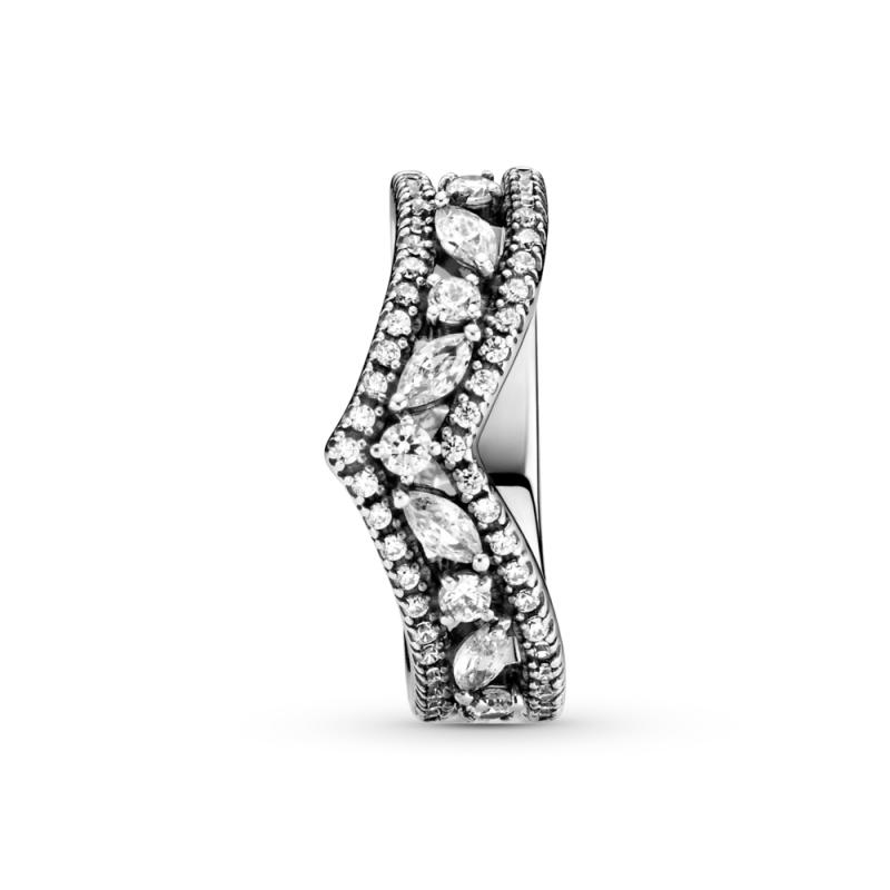 Prstan markizne oblike z dvojno prsno kostjo za srečo