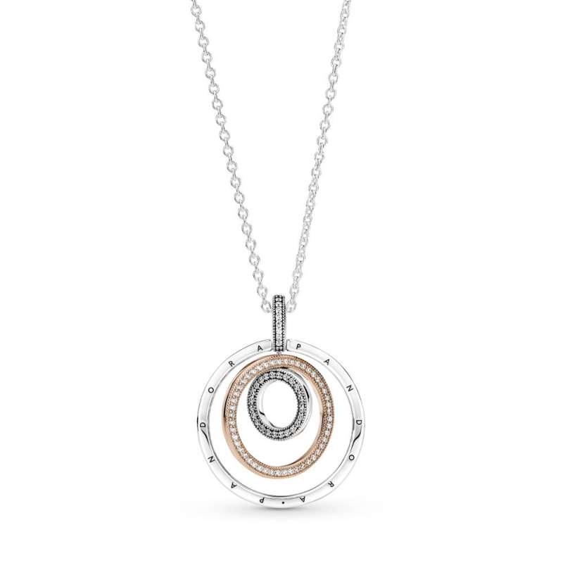 Obesek s tremi krogci v dveh kovinskih odtenkih na verižici