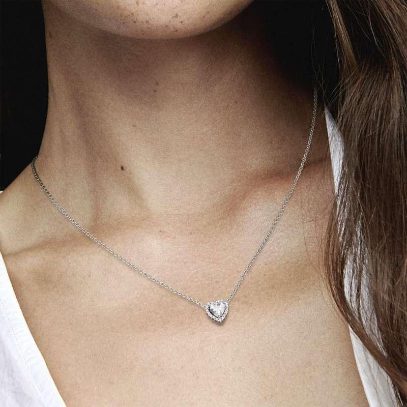 Ogrlica z izbočenim srcem