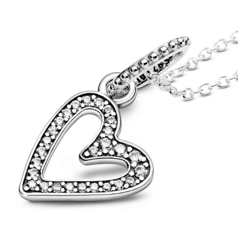 Ogrlica s svetlečim ročno dokončanim obeskom v obliki srca