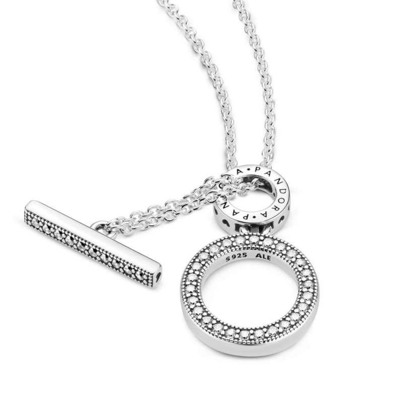 Ogrlica z dvojnim obročem in paličico v obliki črke T