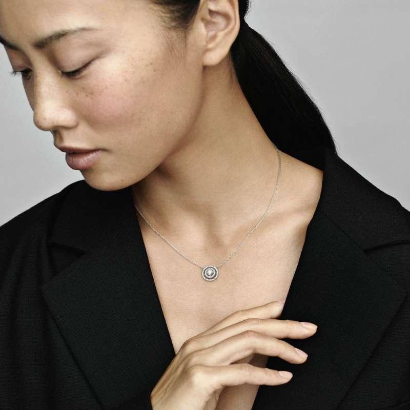 Ogrlica z dvojno svetlikajočo obrobo