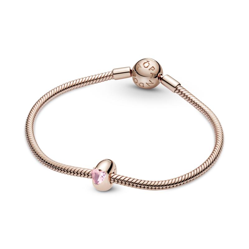 Sponka z rožnatim kamnom v obliki srca