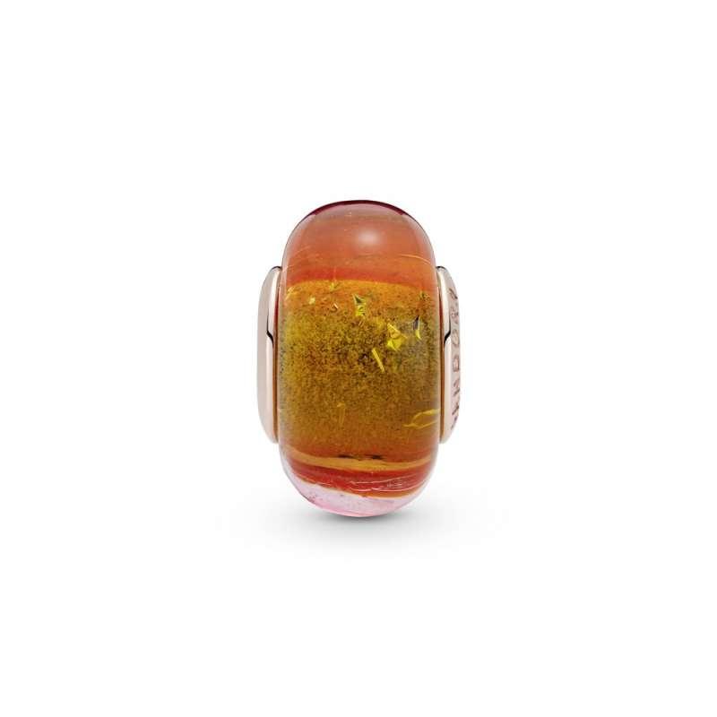 Obesek iz oranžnega muranskega stekla