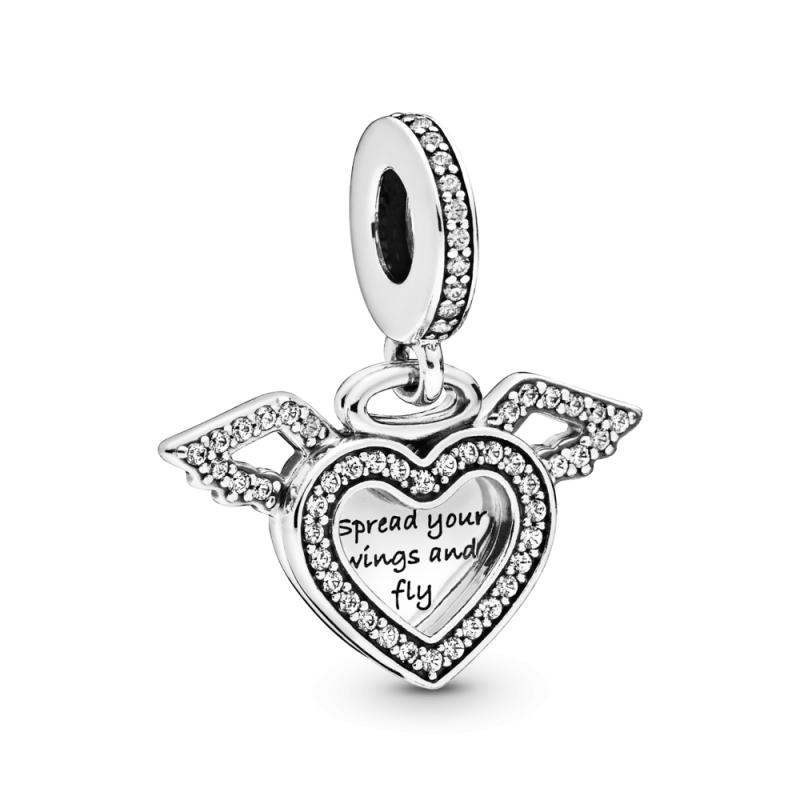 Viseči obesek z motivom srca in angelskih kril