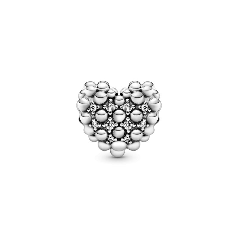 Obesek s perlicami v obliki srca