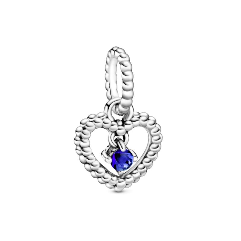 Viseči obesek srce s perlicami v barvi modrine morja