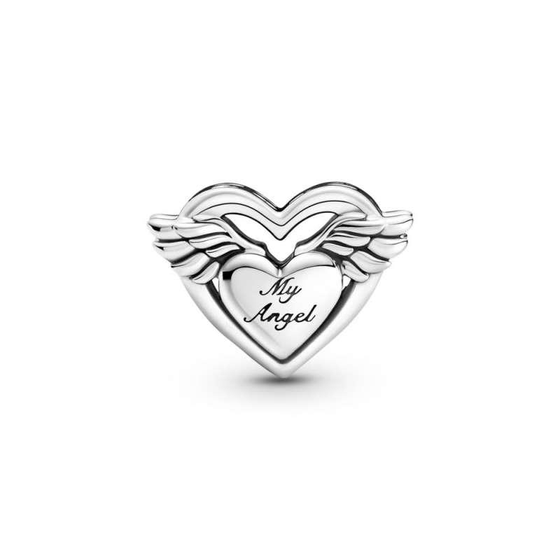 Obesek srčka z angelskimi krili in napisom Mum