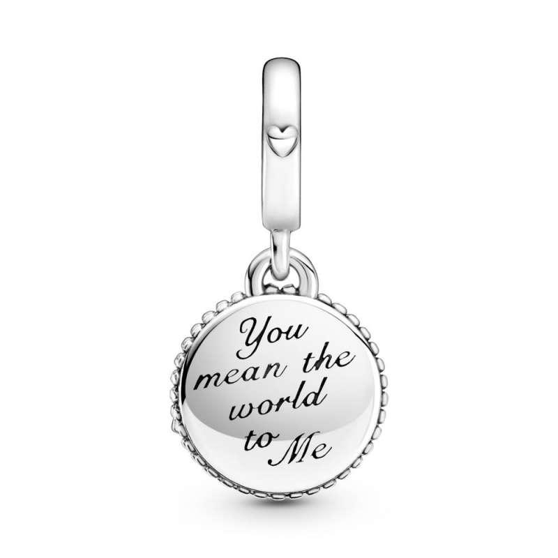 Viseči obesek bleščečega globusa z napisom »Mum« (mama)